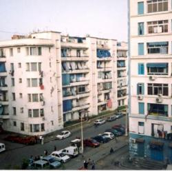 Les 3 photos suivantes rue des sports ru